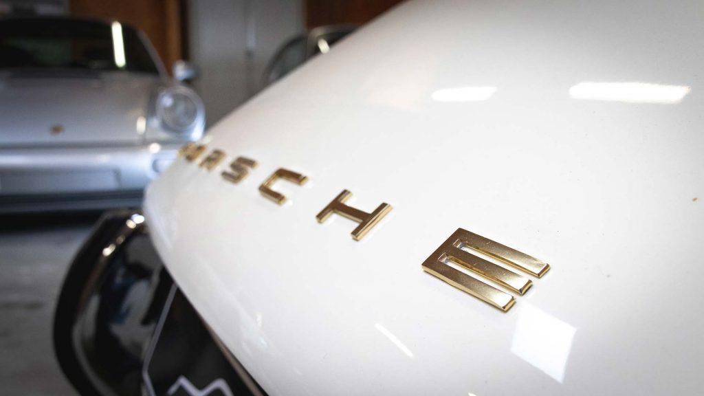 Porsche blanche restaurée